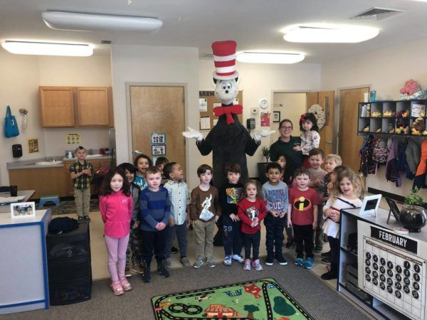 cat_in_the_hat_visit_cadence_academy_preschool_crestwood_ky-600x450