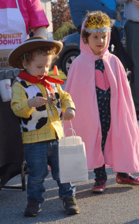 family_halloween_event_at_cadence_academy_collegeville_pa-280x450