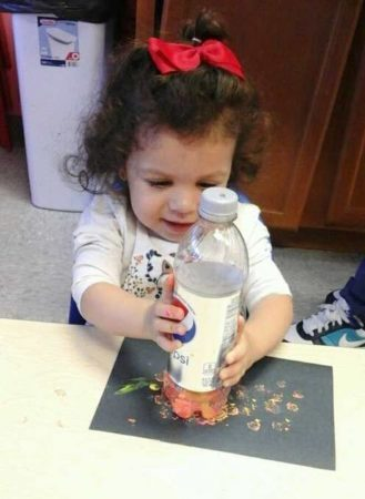 painting_with_diet_pepsi_bottles_prime_time_early_learning_centers_paramus_nj-329x450
