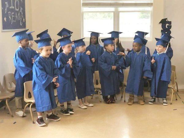 pre-kindergarten_graduation_at_cadence_academy_eastfield_huntersville_nc-600x450