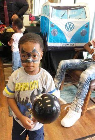 preschool_boy_in_batman_face_paint_at_cadence_academy_preschool_northeast-306x450