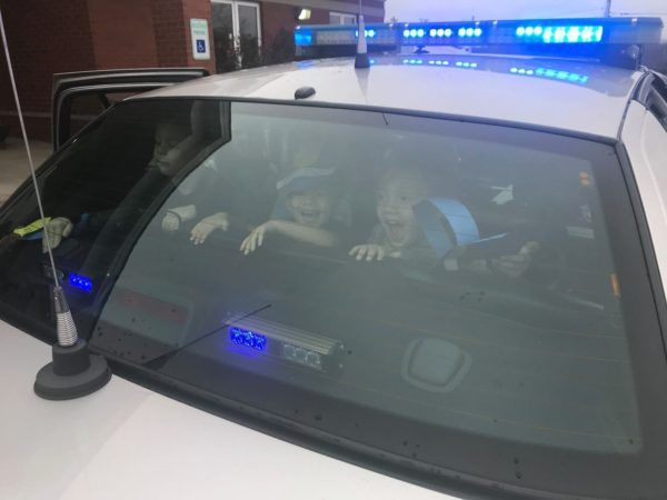 preschool_children_inside_police_car_at_cadence_academy_preschool_crestwood_ky-600x450