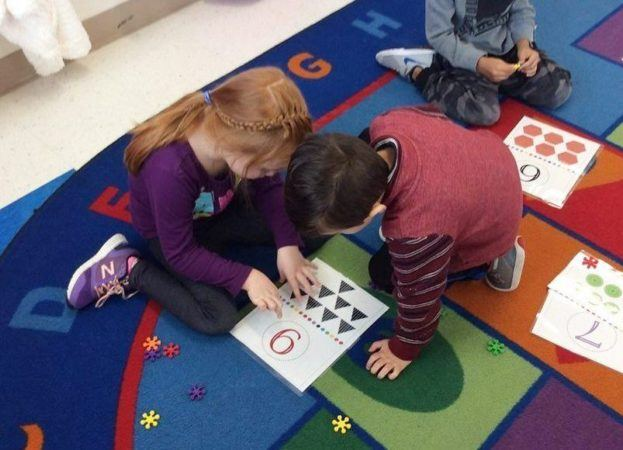 preschool_counting_activity_cadence_academy_preschool_steele_creek_charlotte_nc-623x450