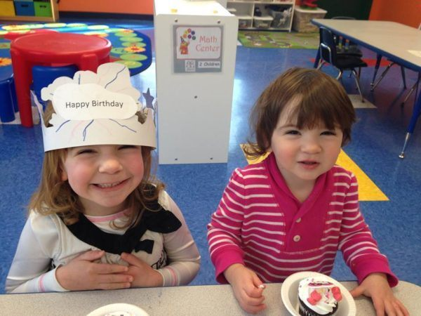 preschool_friends_celebrating_a_birthday_creative_kids_childcare_centers_kent-600x450