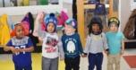 preschool_friends_holding_hands_at_cadence_academy_preschool_mauldin_sc-752x385