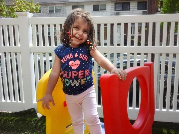 preschool_girl_on_slide_at_prime_time_early_learning_centers_edgewater_nj-600x450
