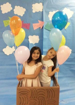 preschool_girls_in_dr_seuss_balloon-cadence_academy_preschool_mallard_charlotte_nc-320x450