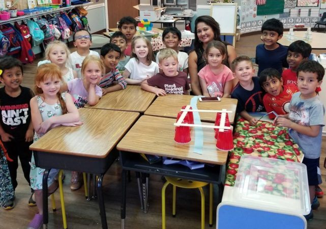 preschool_teacher_and_students_cup_activity_at_cadence_academy_preschool_broadstone_folsom_ca-641x450