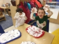 preschoolers_enjoying_playing_with_shaving_cream_cadence_academy_preschool_sherwood_or