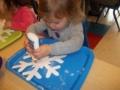 snowflake_art_project_cadence_academy_preschool_sherwood_or-600x450