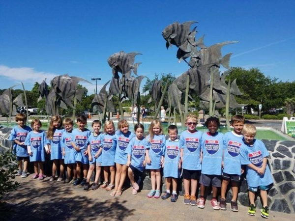 summer_camp_field_trip_to_aquarium_cadence_academy_preschool_wilmington_nc-600x450