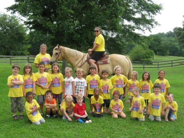 summer_camp_field_trip_winwood_childrens_center_gainesville_va-600x450