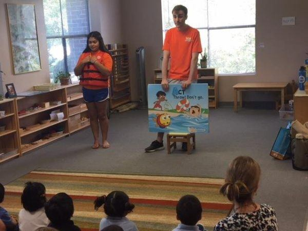 swimming_presentation_smaller_scholars_montessori_academy_grisby_tx-600x450