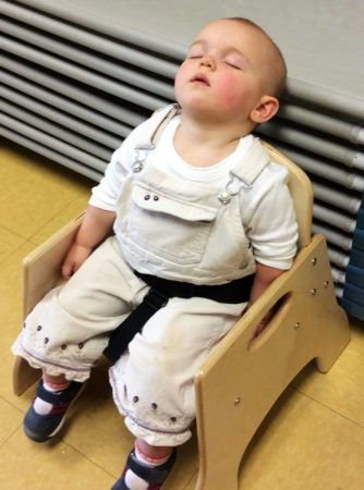 toddler_sleeping_in_chair_at_carolina_kids_child_development_center_fort_mill_sc-334x450