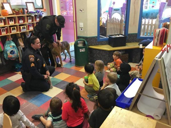visit_from_police_k9_unit_at_pusch-ridge-preschool-kindergarten-600x450