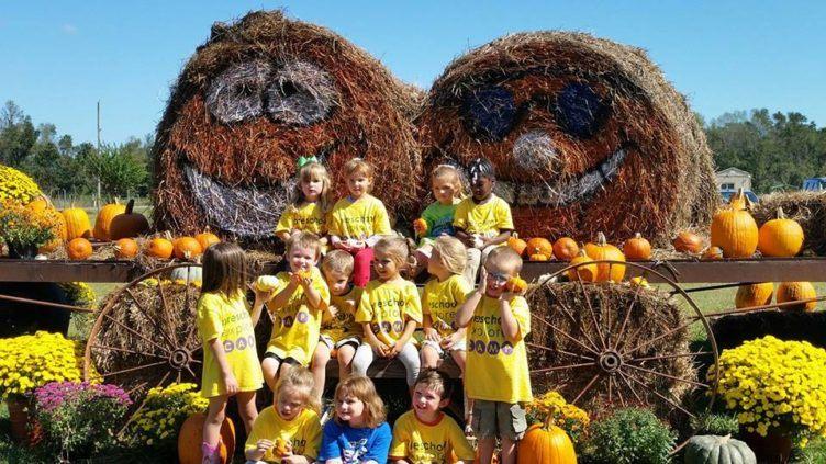 visit_to_pumpkin_patch_cadence_academy_preschool_surfside_myrtle_beach_sc-752x423